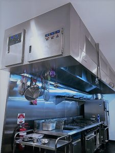 aom-commercial-kitchen-exhaust-hood-at-devon-cafe
